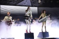 Watch Arcade Fire Play &#8220;Creature Comfort&#8221; and &#8220;Put Your Money on Me&#8221; on <i>SNL</i>