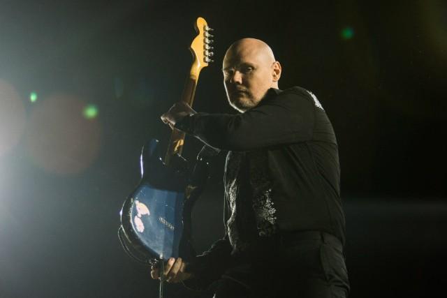 Billy Corgan Closes Tea Shop