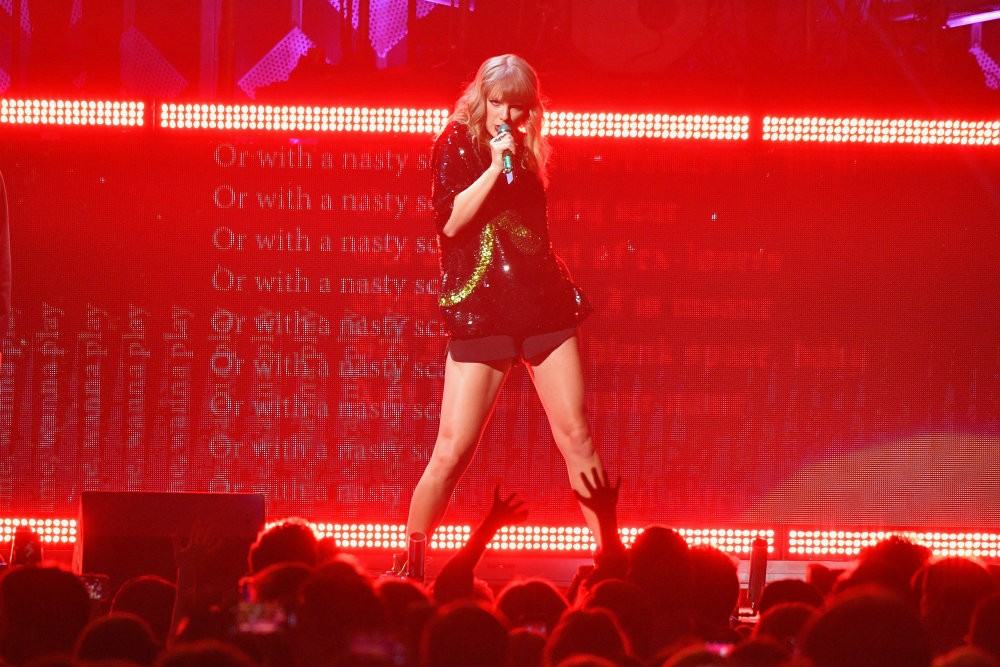 Taylor Swift Makes Donation to Gun Control Cause