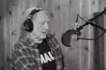 willie-nelson-me-and-you-video-1521037503