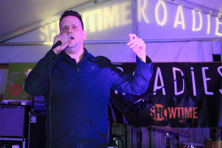 "mark kozelek says ariel pink should ""be david bowie"""