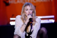 "Watch Courtney Love Cover the Velvet Underground's ""I'm Waiting for the Man"""