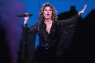 Shania Twain Apologizes For Pro-Trump Comments