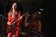 "Watch Haim Cover Brandy & Monica's ""The Boy Is Mine"" in Seattle"