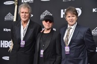 Dire Straits Awkwardly Enter Rock Hall of Fame Without Speaker or Performance