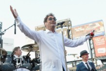 Huey Lewis Cancels Shows Due to Hearing Loss