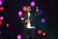 """New Accuser Says R. Kelly Gave Her an STD, """"Groomed"""" Her to Join Sex Cult"""