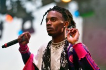 "Playboi Carti drops new song ""love hurts"" featuring Travis Scott"