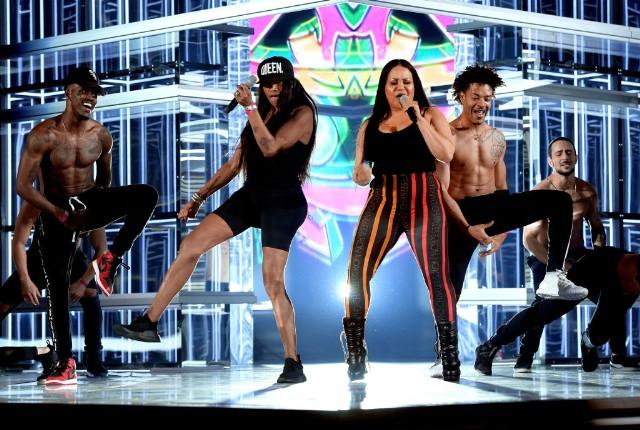salt-n-pepa en vogue whatta man billboard music awards bbmas 2018 video