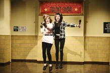 tina-fey-cyndi-lauper-system-of-a-down-snl-talent-show-sketch-watch