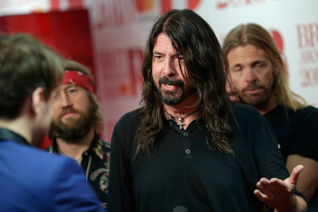 dave grohl gq interview donald trump kurt cobian nirvana courtney love