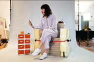 "Eleanor Friedberger Announces Tour Dates, Releases ""Everything"" Video"