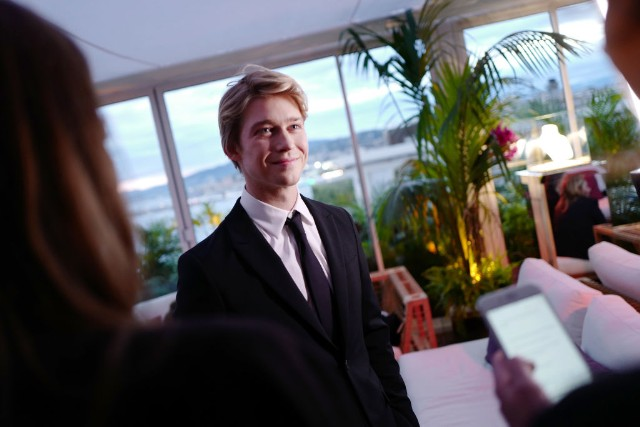 joe alwyn taylor swift cannes film festival photos