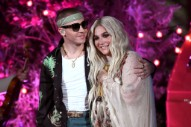 "Watch Macklemore and Kesha Perform ""Good Old Days"" at the 2018 Billboard Music Awards"