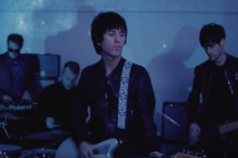 "Johnny Marr - ""walk into the sea"""