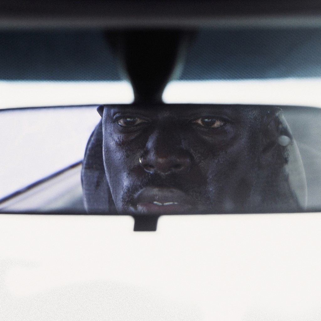 moses sumney make out in my car extended version spin. Black Bedroom Furniture Sets. Home Design Ideas