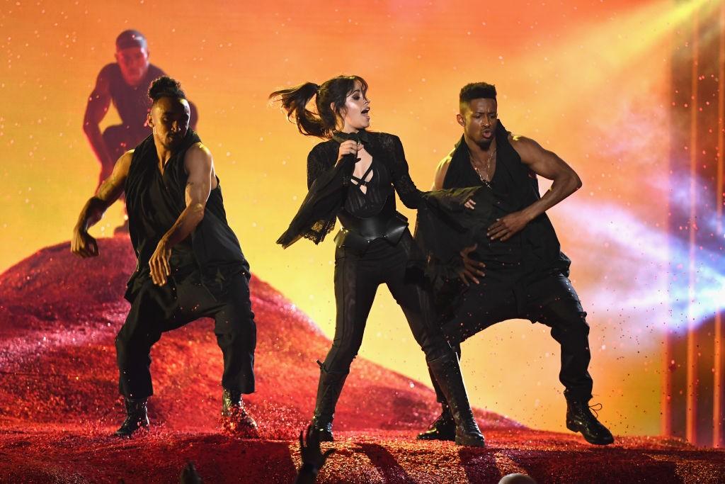 camila cabello pharrell havana sangria wine bbmas billboard music awards 2018