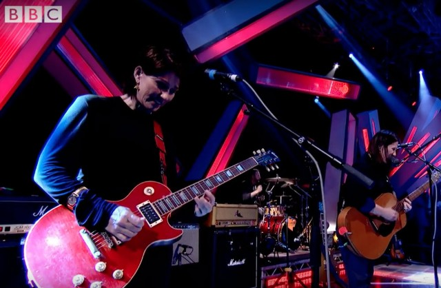 The Breeders Cannonball Later Jools Holland BBC video watch