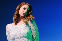 lana-del-rey-elvis-early-demo-new-documentary