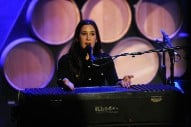 "Vanessa Carlton – ""Needle in the Hay"" (Elliott Smith Cover)"