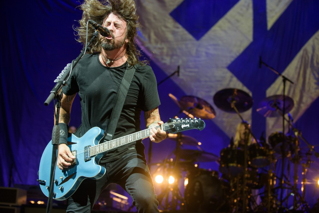 John Travolta Joins Foo Fighters Onstage Again