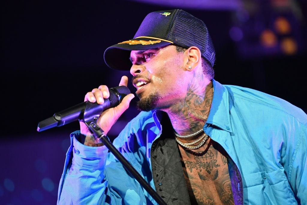 chris brown arrested in florida report spin. Black Bedroom Furniture Sets. Home Design Ideas