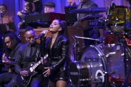 Ariana Grande Pays Tribute to Aretha Franklin on <i>Fallon</i>: Watch