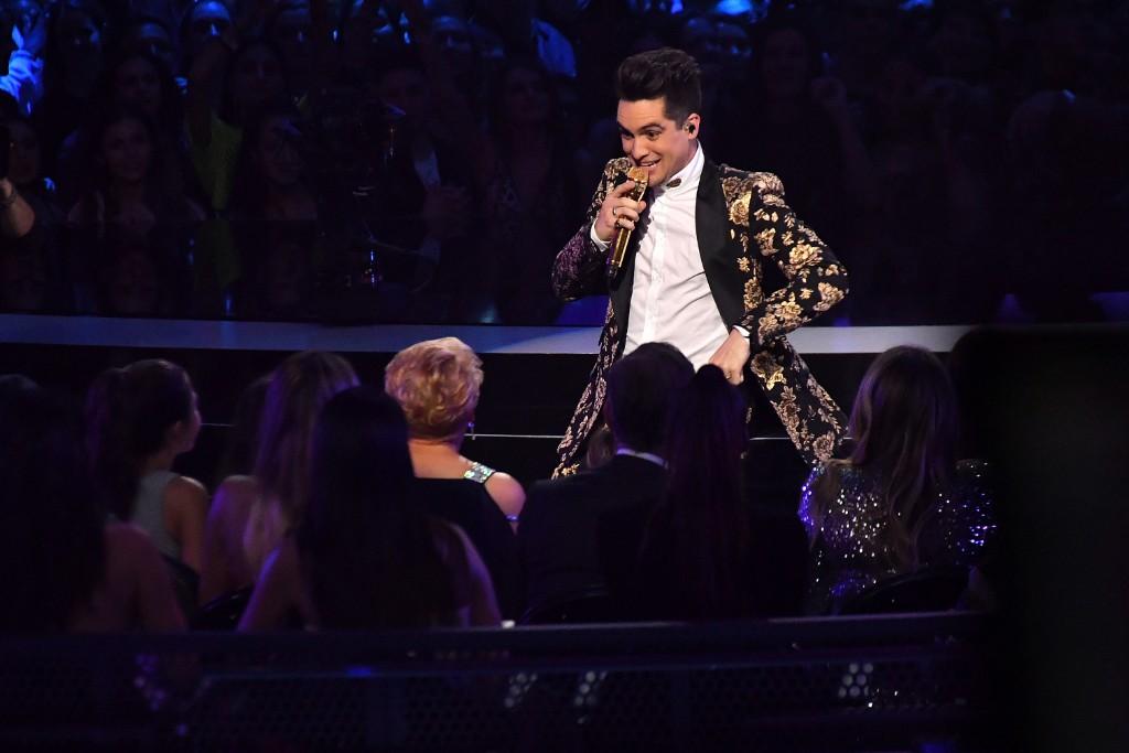 """Panic! At The Disco Perform """"High Hopes"""" at 2018 VMAs: Watch"""