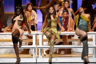 "Ariana Grande Performs ""God Is a Woman"" at 2018 VMAs"