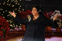 Aretha Franklin's Family Planning 4-Day Public Viewing
