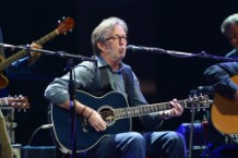"Eric Clapton to Release ""Jingle Bells"" Tribute to Avicii"