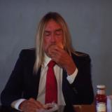 Iggy Pop Eats a Hamburger