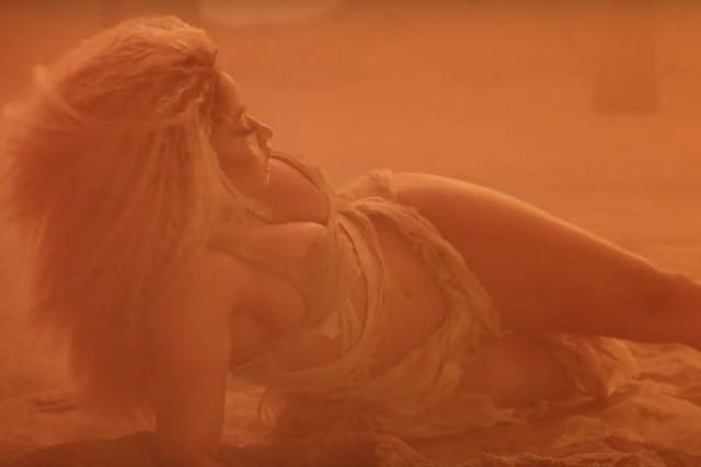 Nicki Minaj drops Ganja Burns Video