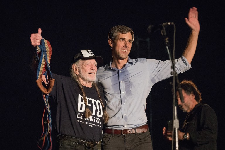 willie-nelson-beto-orourke-rally-debuts-new-song-vote-em-out