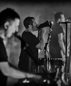 Nine Inch Nails Perform