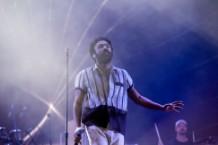 childish-gambino-dedicates-song-to-mac-miller-at-chicago-performance