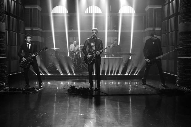 "interpol performs ""if you really love nothing"" seth meyers"