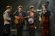 Mumford &#038; Sons Announce <i>Delta</i> World Tour