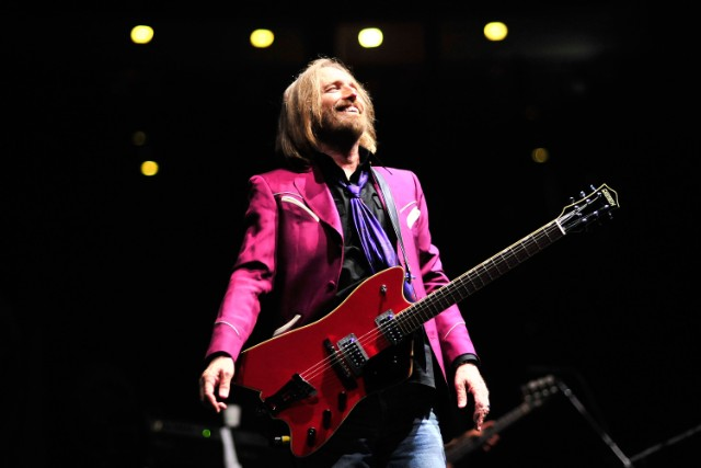 Tom Petty Hits Collection With Unreleased Songs Announced | SPIN