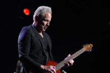 lindsey-buckingham-solo-anthology-ride-this-road-hunger