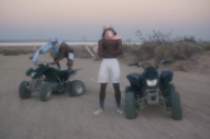 "Video: Blood Orange – ""Chewing Gum"""