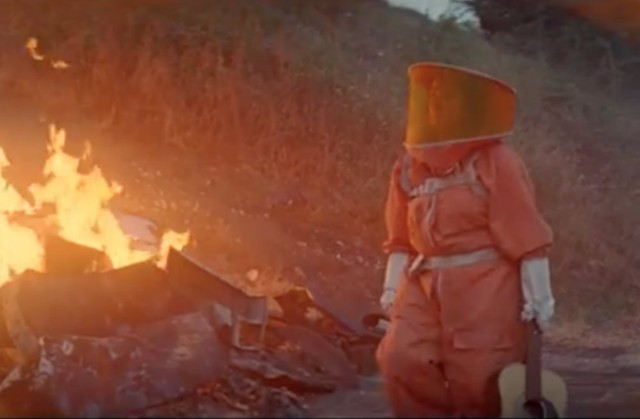 "The Breeders Release ""Spacewoman"" Video Directed By Richard Ayoade"
