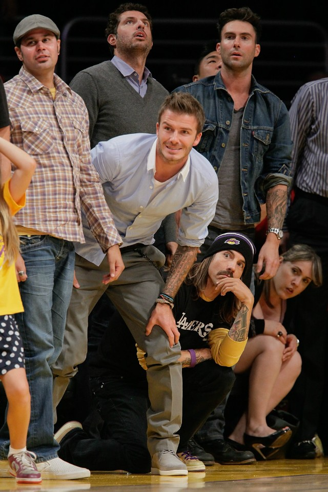 Anthony Kiedis with David Beckham and Adam Levine at 2010 NBA Playoffs