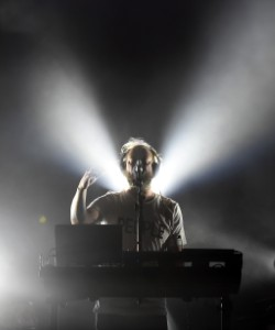 Bon Iver Proves He Can Soundtrack a Boxing Match