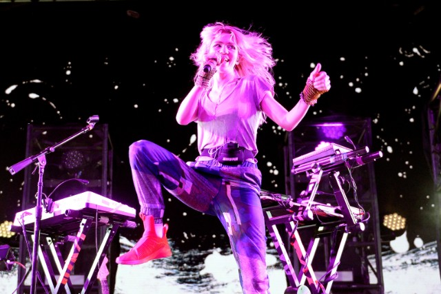 Grimes returns with new single
