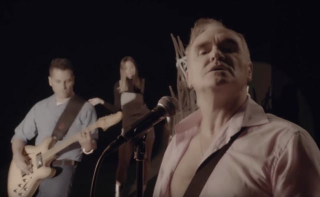 """morrissey """"back on the chain gang"""" pretenders cover"""