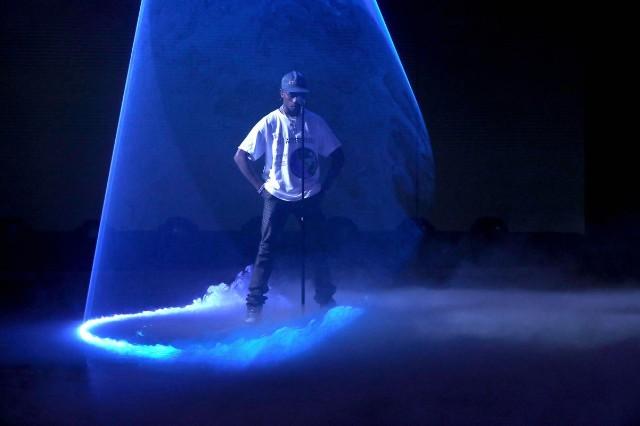 050d058fb817 Travis Scott Performs