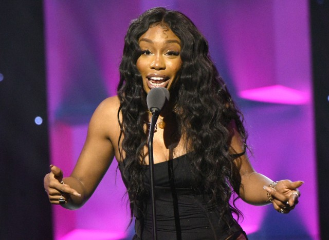 SZA Calls Unreleased Songs Leaking on Spotify
