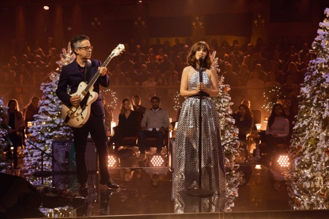 she-him-perform-the-christmas-song-corden-watch