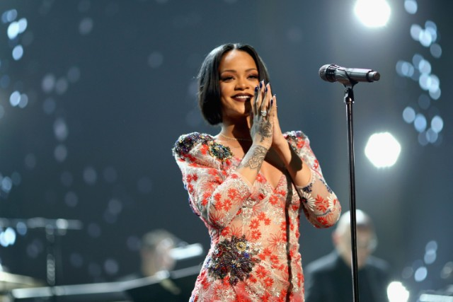 rihanna-new-album-to-arrive-in-2019